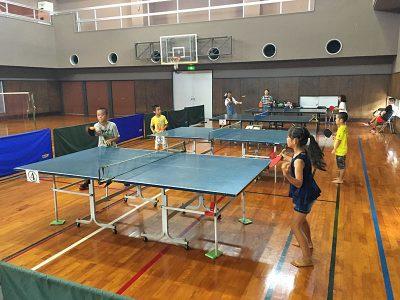ユインチホテルのスポーツ施設で卓球